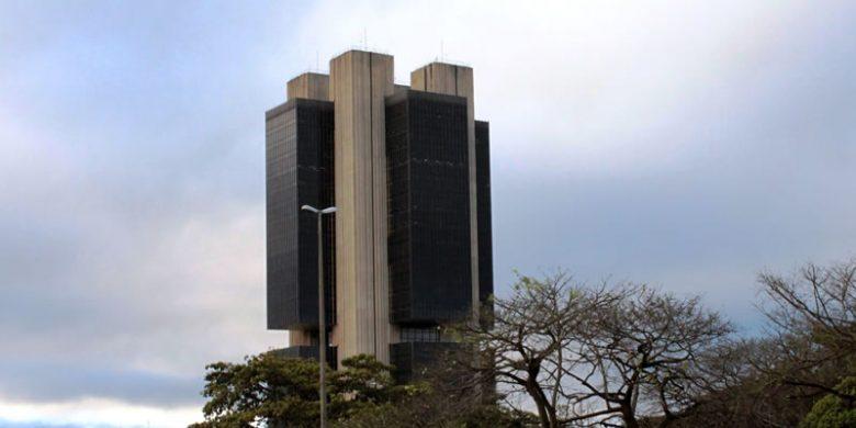 Banco Central de Brasil recorta tasa de interés a un mínimo récord de 6%